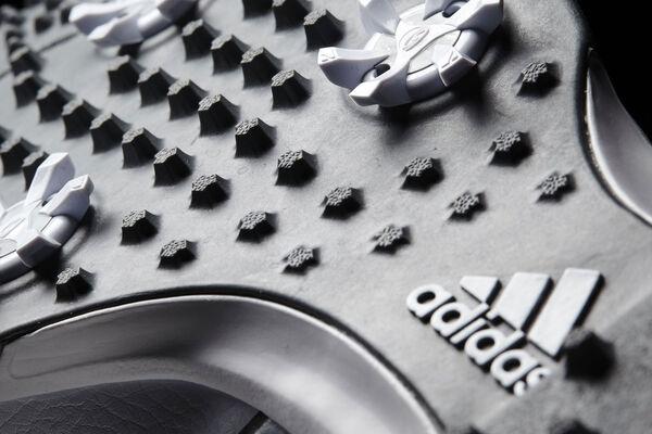 Adidas 360 Traxion S7